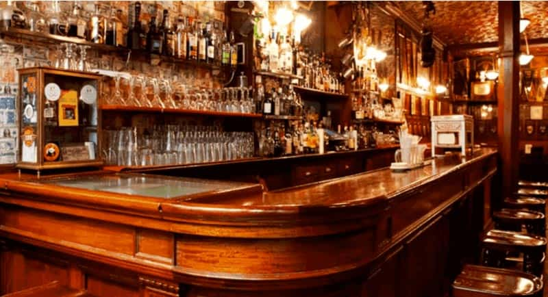 le-cognac-richard-delisle-referent-au-harrys-new-york-bar-a-paris-revisite-le-side-car-1